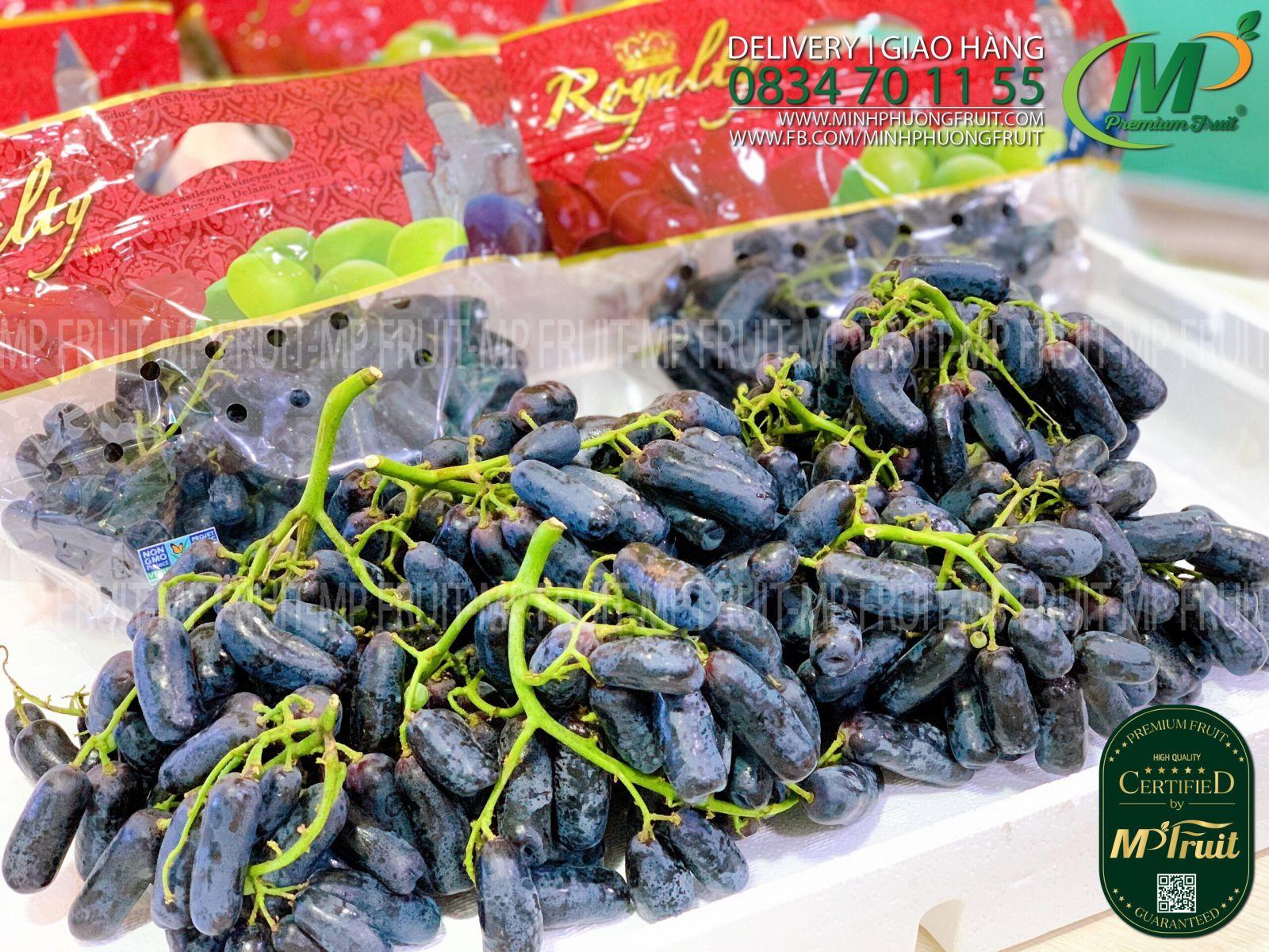 Nho Ngón Tay Royalty Mỹ tại MP Fruits