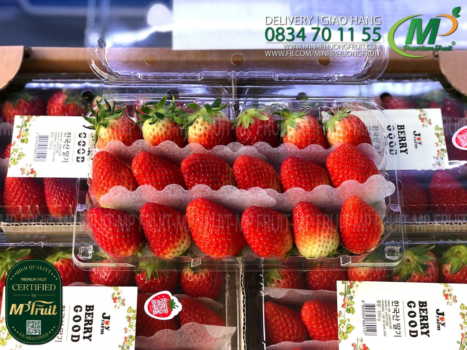 Dâu Tây Premium Hàn Quốc Hộp 350g Joy Farm tại MP Fruit